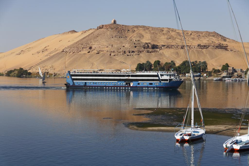 جولات القوارب النيلية فى أسوان