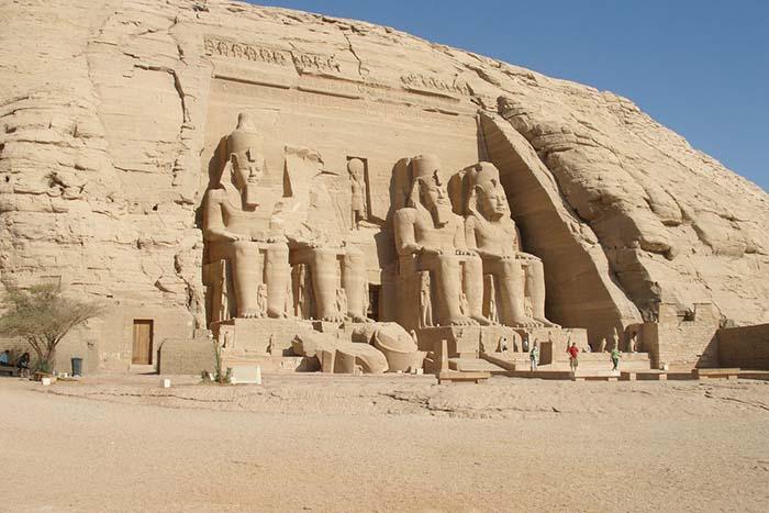 معبد أبو سمبل Abu Simbel Temples